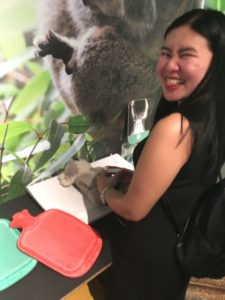 Working-in-Austrlia-School-Activities-ELICOS-class-in-Brisbane-visiting-Daisy-Hill-Koala-Park-2-768x1024